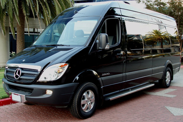 12 passenger sprinter in Fort Wayne