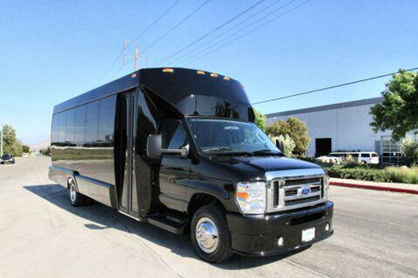 20 passenger party bus Fort Wayne
